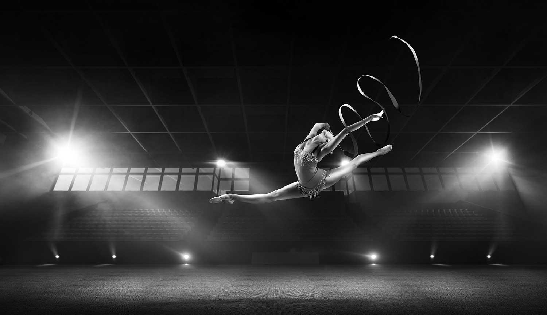https://kobedigital.com/wp-content/uploads/2020/12/Careers_Dancer_02.jpg